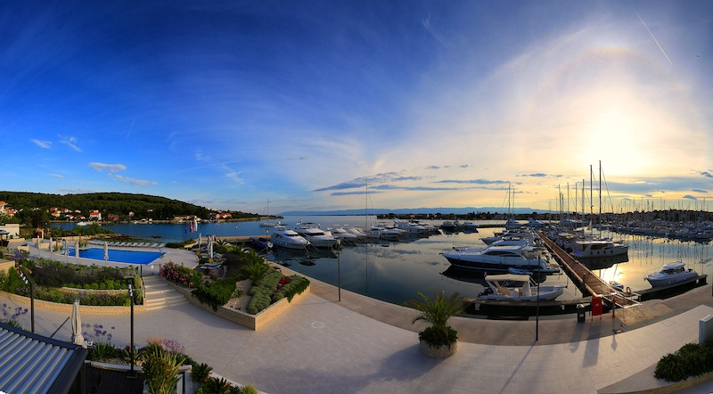 Smaller and quieter Olive Island marina is perfect for family with kids and pets.