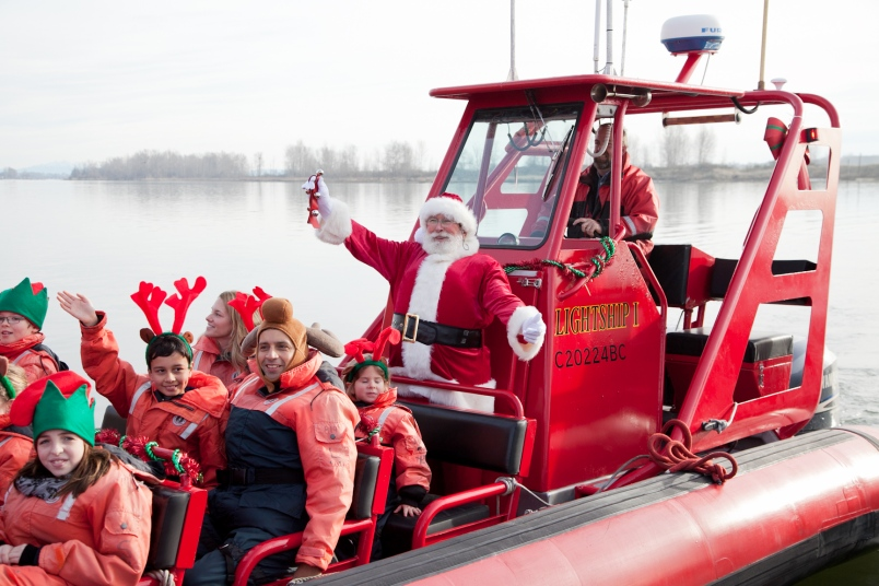 Merry St. Nicholas Day to all of our sailors! We wish you keen winds under your sails and great discounts in your yachting future.
